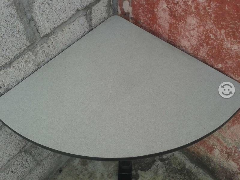hermosa mesa de eskina para recamara