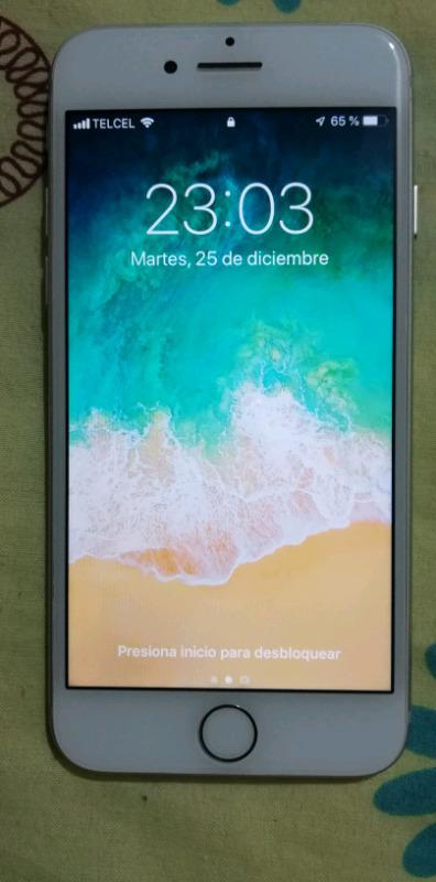 IPhone 7 de 32 Gb, color plata y liberado