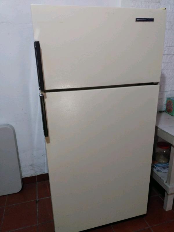 Refrigerador de 14 pies en buenas condiciones