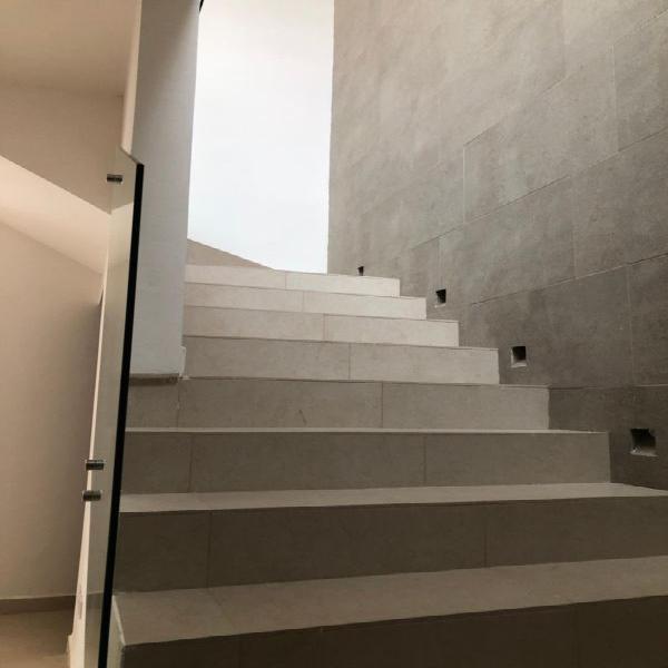 Moderna casa con 3 recamaras en Fracc. Canteras