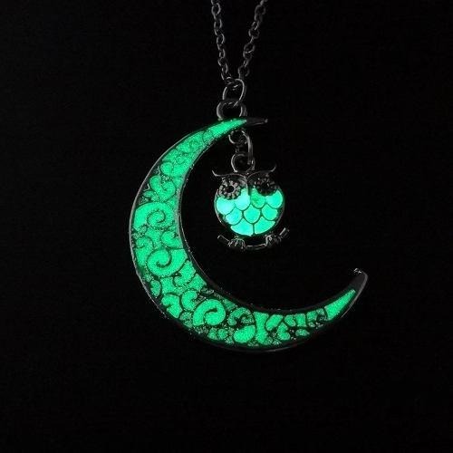 Collar Luna Con Búho Brilla En La Obscuridad Fluorescente