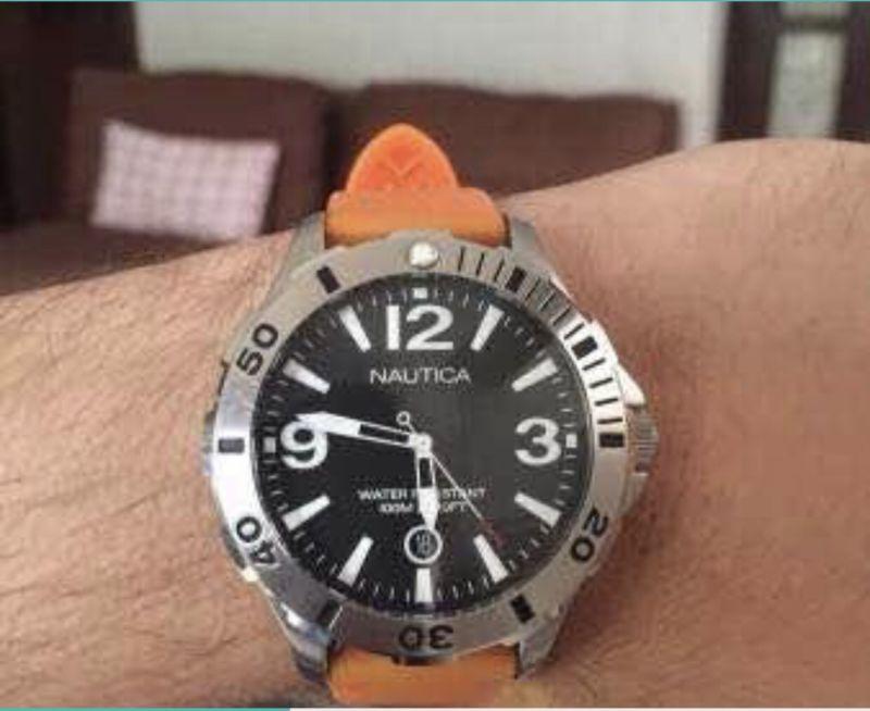 Reloj Nautica nuevo