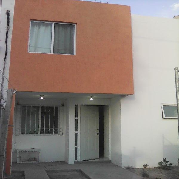 Casa en Renta amueblada $7000 muy cerca de la Zona