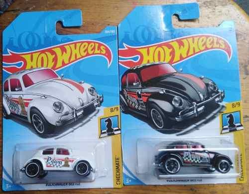 Hot Wheels Set 2 Volkswagen Beetle Ajedrez Blanco Y Negro