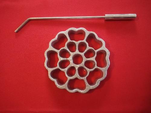 Molde Para Buñuelo De Viento Modelo Flor Boton Grande 14 Cm