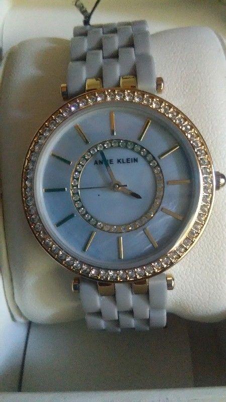 Reloj Anne Klein Nuevo