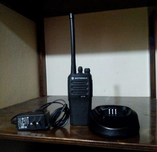 Radios De Radio Frecuencia Motorola Con Cargador Nuebos