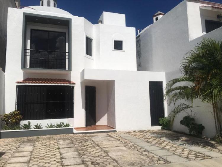 Renta largo plazo casa sin muebles 3 recamaras Fracc Toscana