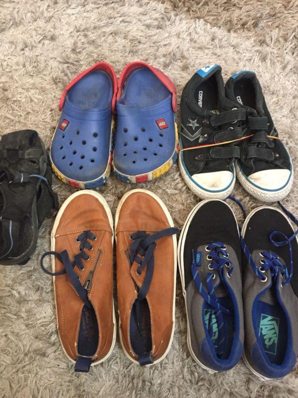 Tenis y Zapatos Niño Usados / 12 Pares Del