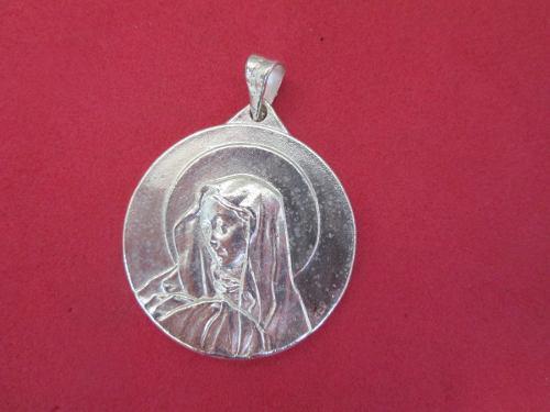 Dije Medalla Virgen Dolorosa Plata Pura Ley 925