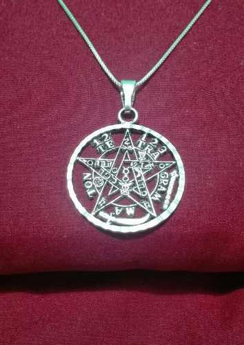 Dije Tetragramaton De Plata 925.