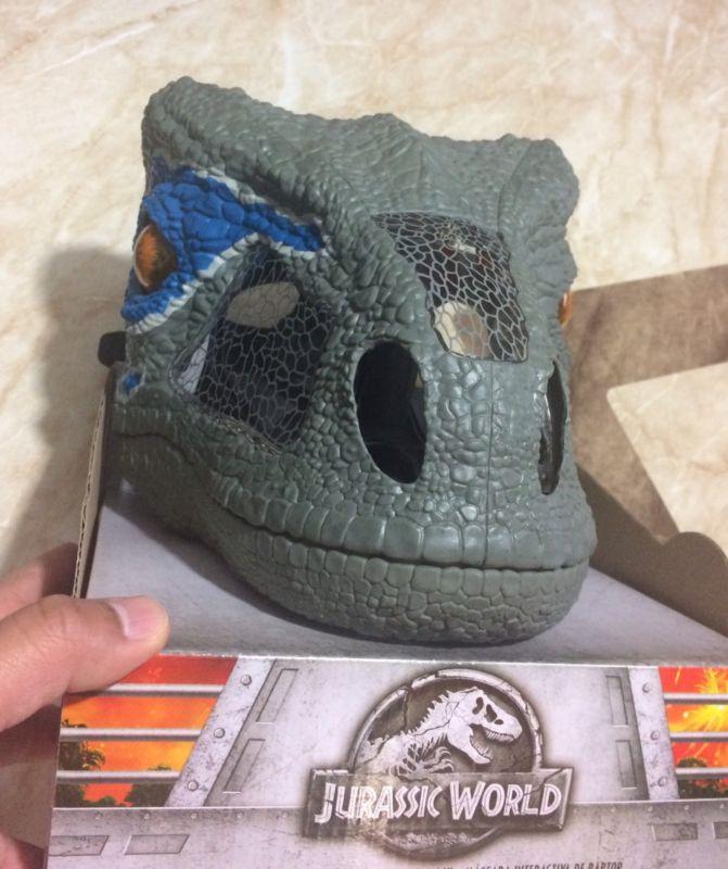 Mascara jurassic world velociraptor