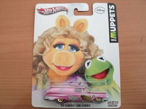 Hot Wheels Muppets Peggy