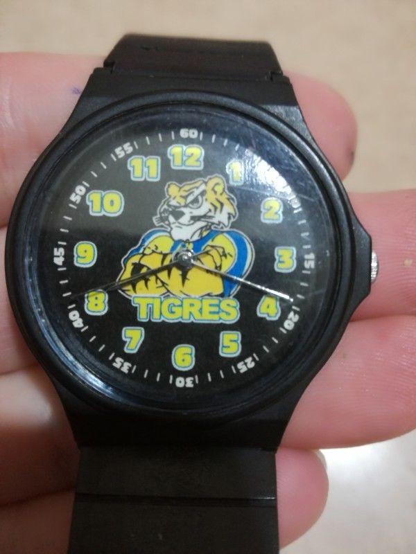 Reloj Casio. Tigres. Unisex. Nuevo.