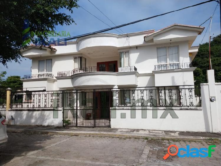 Renta casa amueblada 3 recamarás Col. Vista Hermosa Tuxpan