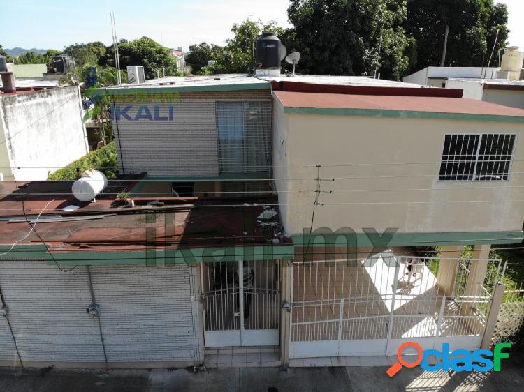 Venta casa 3 recamaras Col. Cazones Poza Rica Veracruz,