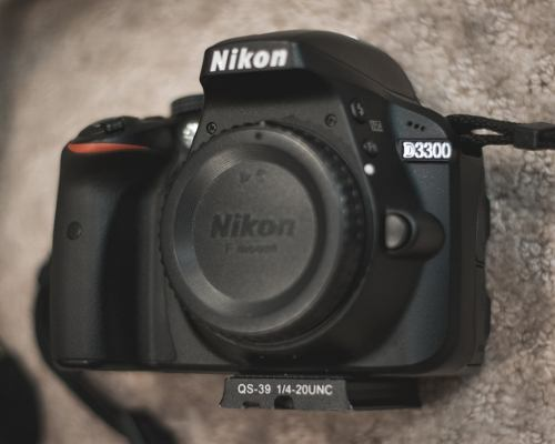Cámara Digital Slr Nikon D Versión Internacional En