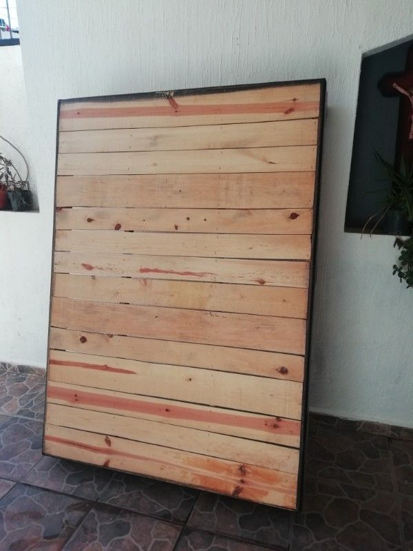 Base de madera matrimonia