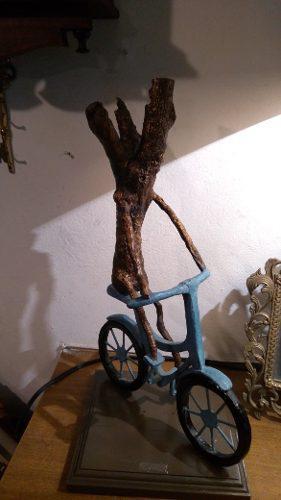 Escultura Abstracta De Bronce Árbol En Bicicleta