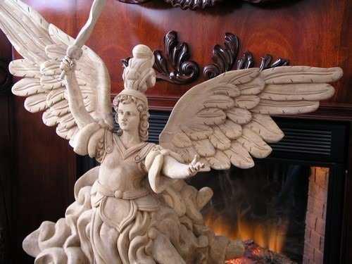 Escultura De Madera De Arcángel San Miguel
