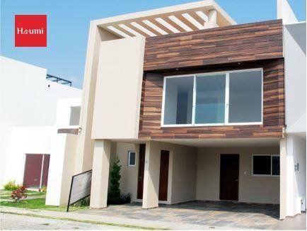 Casa en Venta en Parque Chihuahua en Lomas de Angelópolis