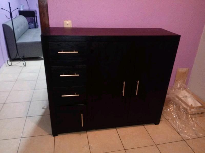 Mueble de Madera Totalmente Nuevo
