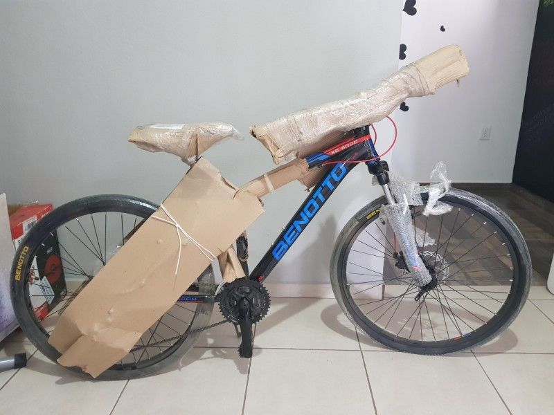 Bicicleta nueva marca BENOTTO