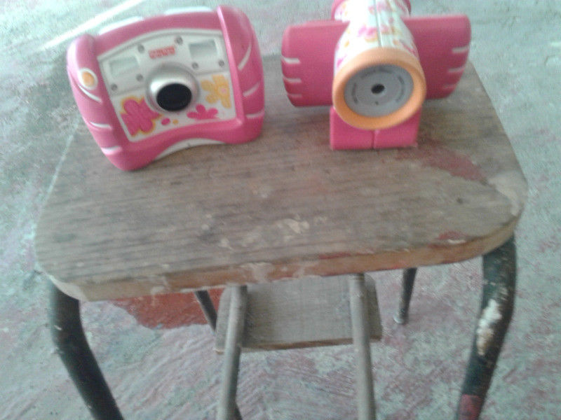 Camara fotografica y Camara de video infantil.