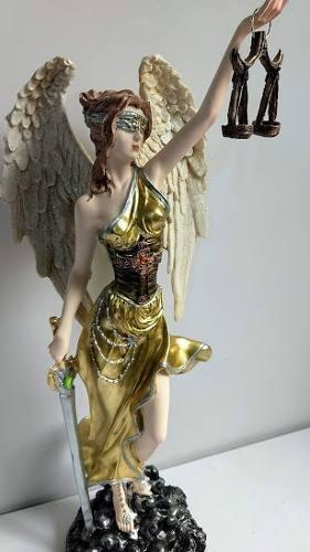 Escultura De La Diosa De La Justicia De 65 Cm De Altura