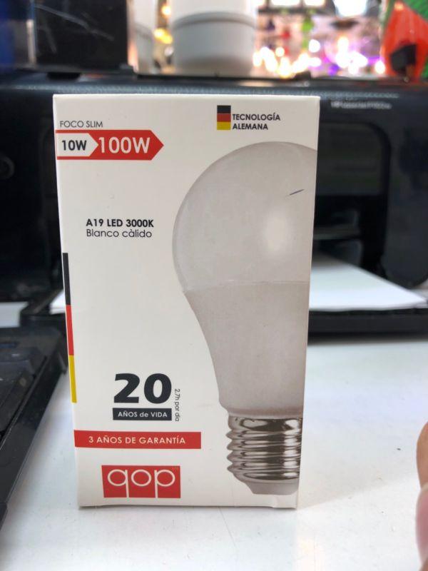 Foco ahorrador led 10w=100w luz blanca o luz cálida