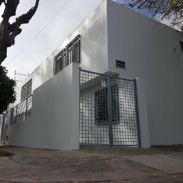Corporativo de Lujo, TOTALMENTE REMODELADO, Jardines del
