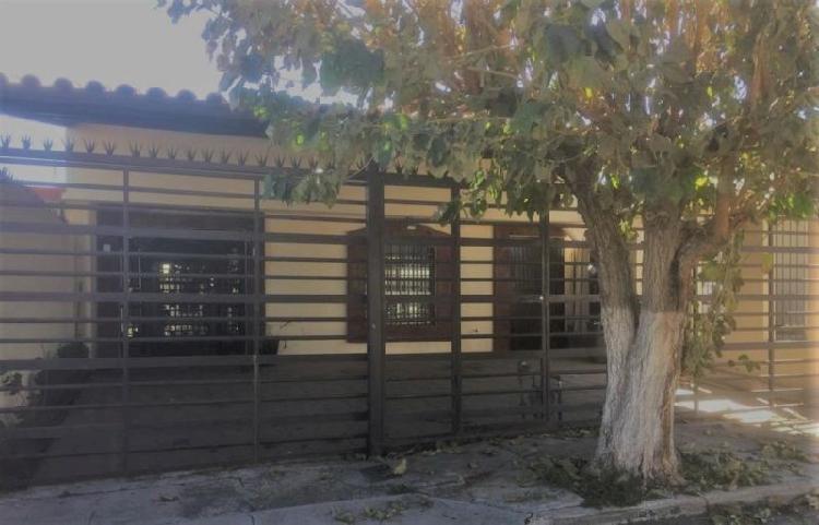 RENTA DE CASA EN CHIHUAHUA, CAMPESTRE $11500