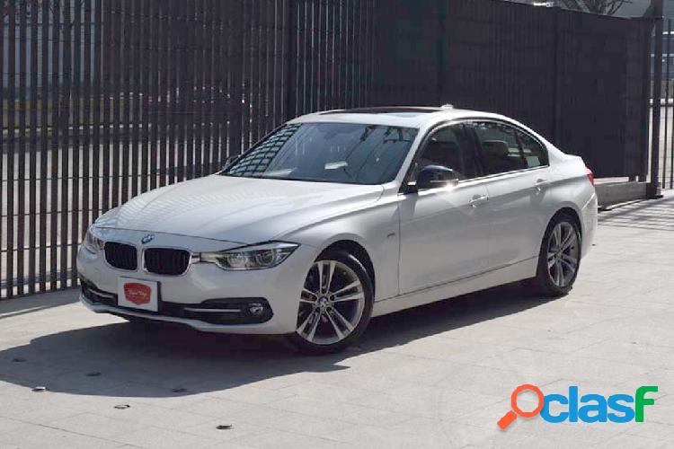 BMW Serie 3 320iA SportLine