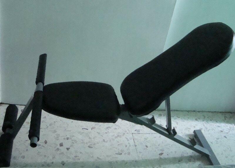 Banco o mesa, silla romana para hacer abdominales