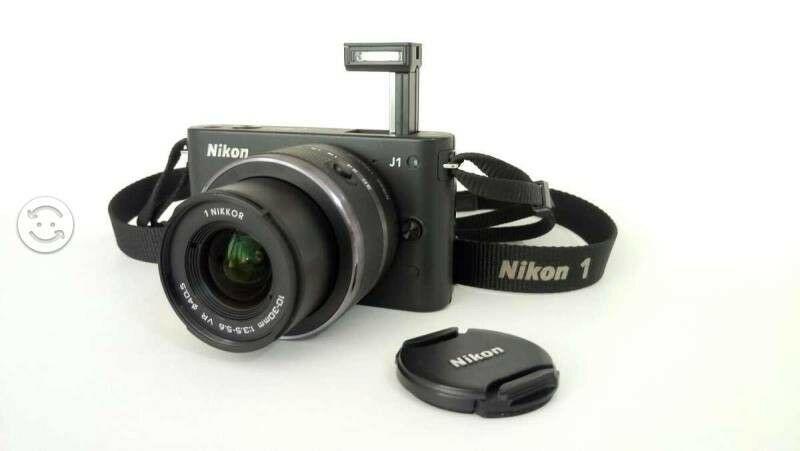 Camara Nikon 1 J1