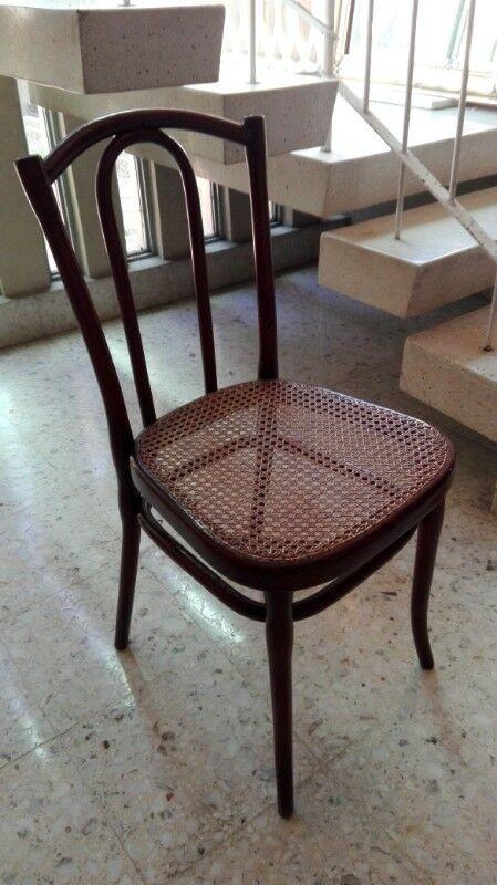 Silla de madera para comedor o ante-comedor con tejido de