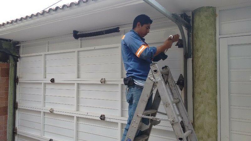 Instalación y automatización de portones electricos.