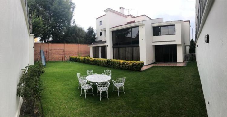 Venta casa Sola Col. 8 Cedros. 4 recamaras. $ 6,500,000