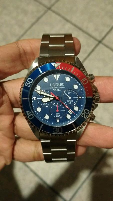 Reloj Lorus Cronografo Japones fabricado por Seiko