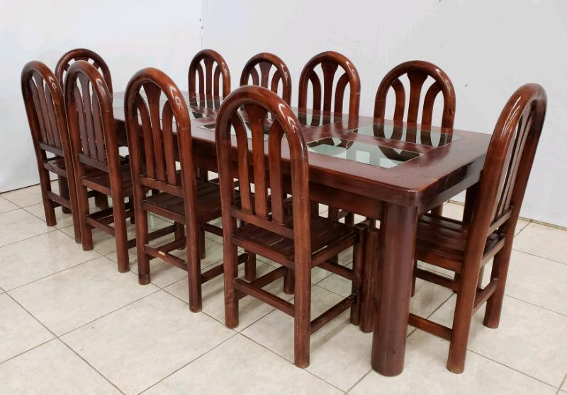 Comedor de 10 sillas