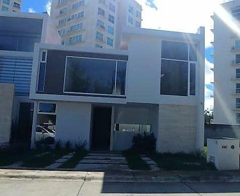 Casa nueva en venta en Rincón de la Montaña 4,728,750