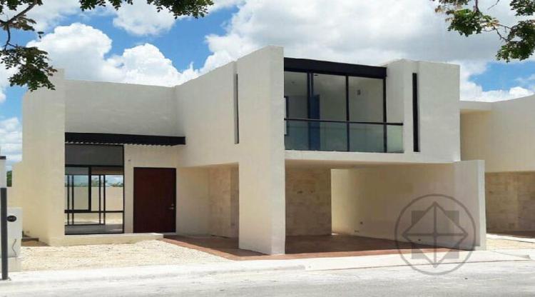 Residencia en Privada al Norte de Mérida