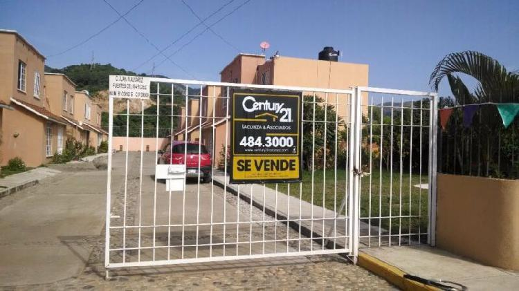 Casa en condominio en venta en Residencial Fuentes