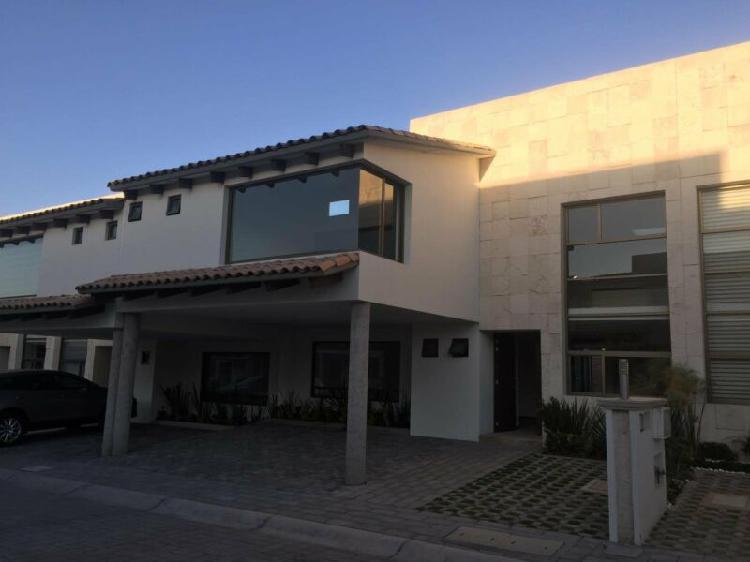 Magnifica residencia, en Valle de las fuentes, Modelo SAUCE,