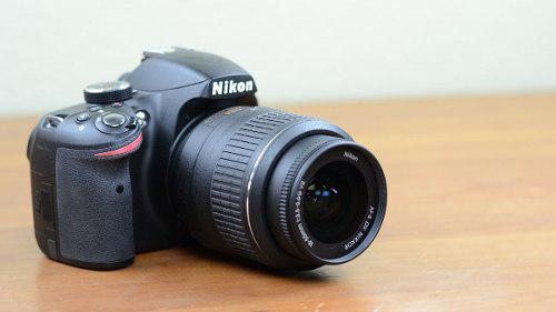 Nikon D3200 24.2 Mp Cmos Digital Slr Con 18-55mm F/3.5-5.6