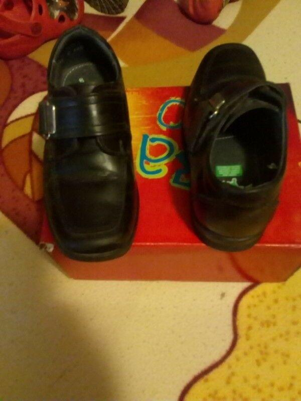 Venta de zapato escolar para niño