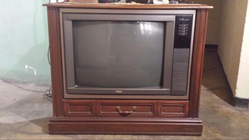 Se venden 2 Televisiones!!!