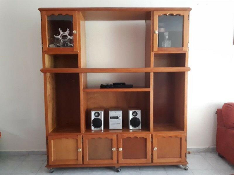 Vendo librero de madera