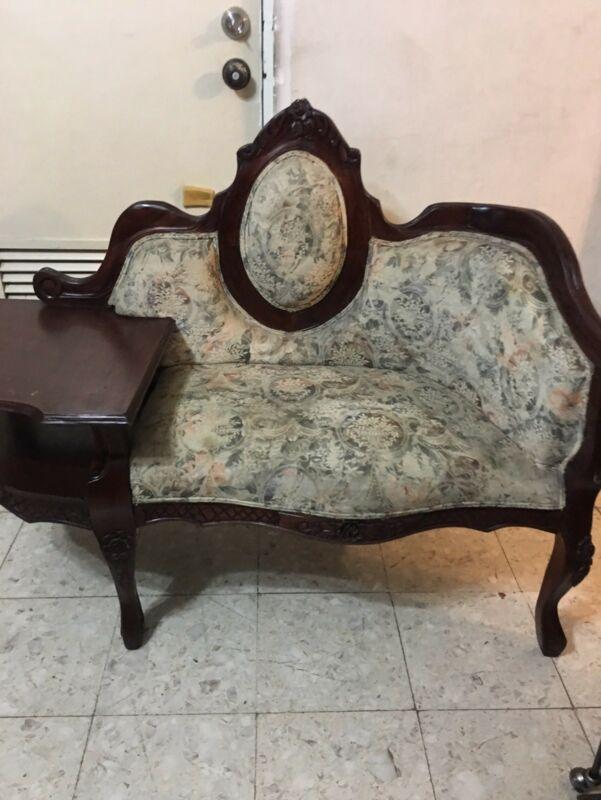Mesa telefonera estilo Luis XV