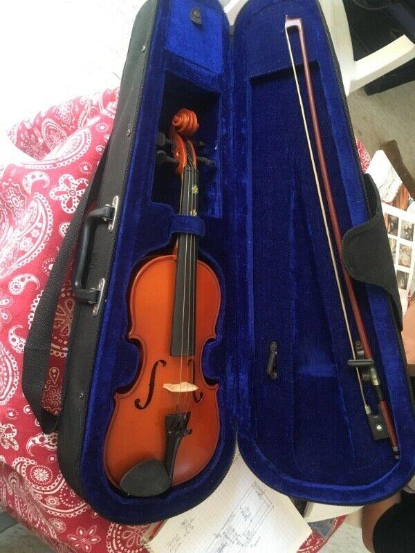 Violin 1/4 con estuche y arco
